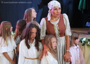 Die Kinder des Schuldknechts fühlen mit ihrem Vater