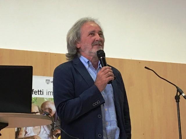 Erich Schützendorf nimmt uns mit auf die Reise ins Anderland
