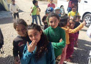 Kinder in einem Flüchtlingslager im Libanon