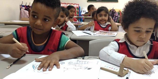Die Kinder bereiten sich bei Beth Aleph in Beirut auf die Schule vor